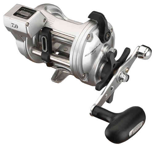 DAIWA - ACCUDEPTH PLUS LCB - Multirolle mit Line Counter Tiefenmesser - Rechts/Links